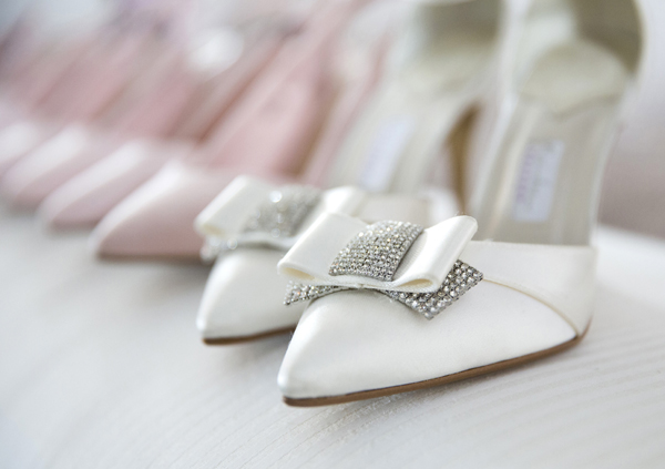 point tow glitter bow wedding shoes