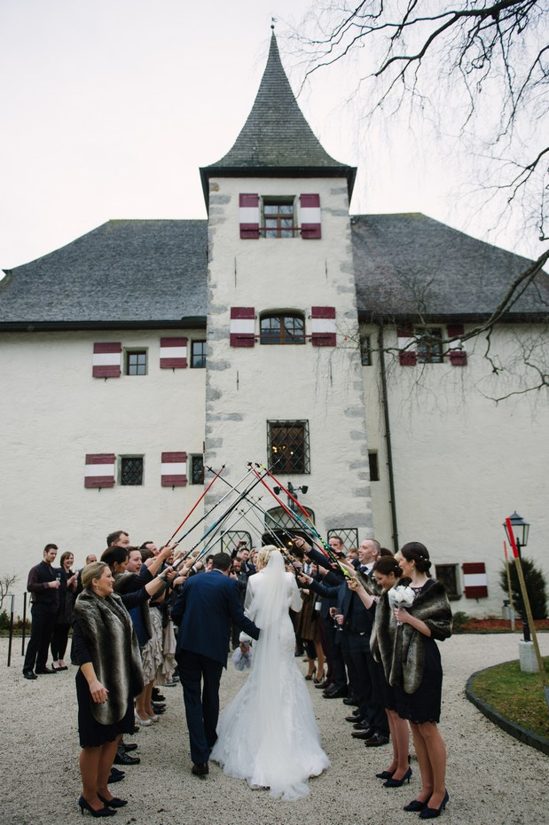 winter wedding ideas skis guests