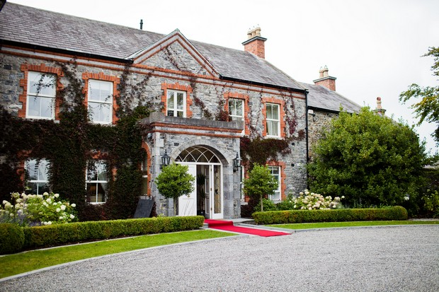 23-ballymagarvey-village-real-wedding-ireland