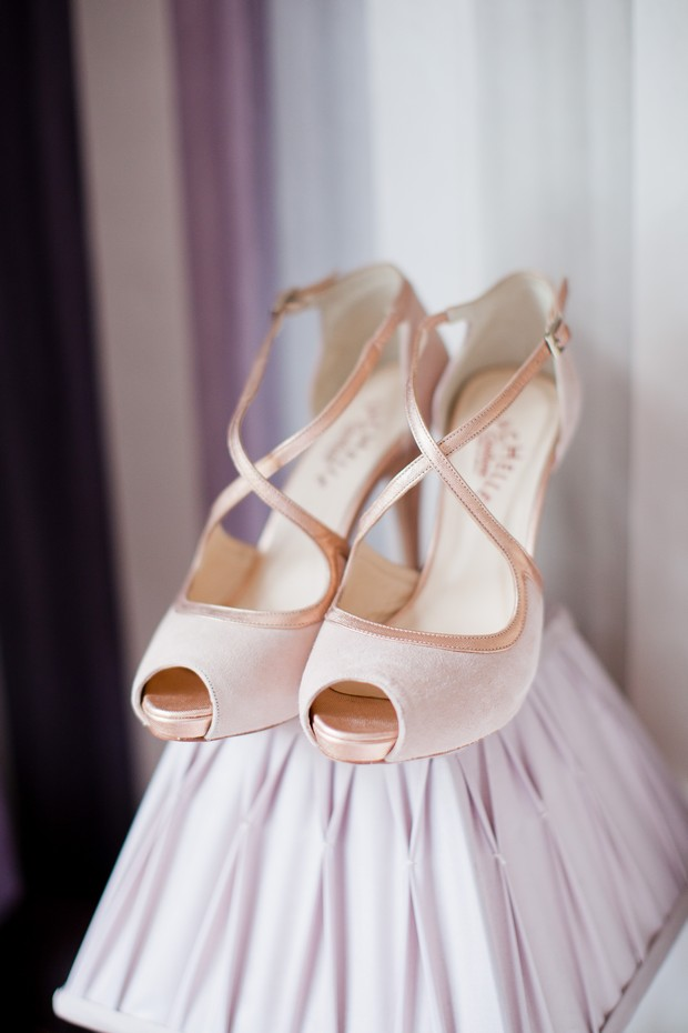4-rose-blush-wedding-shoes-vintage