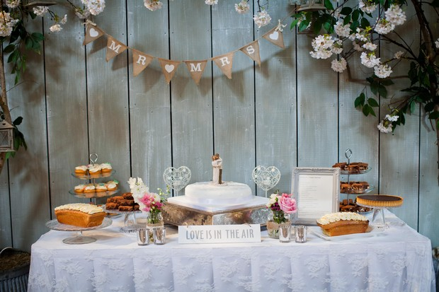 43-mint-green-wedding-dessert-table
