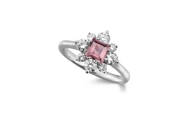 campbell-jewellers-engagement-ring