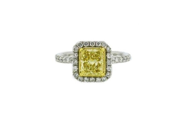 e-jewels-halo-engagement-ring