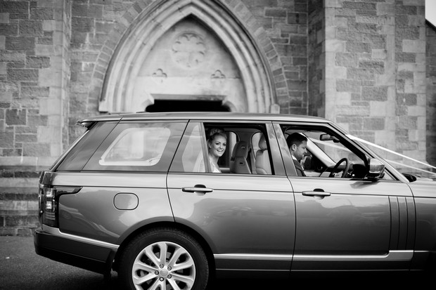 bride-arriving-to-church