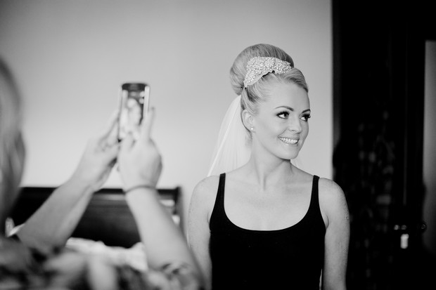 bride_getting_ready_top_knot
