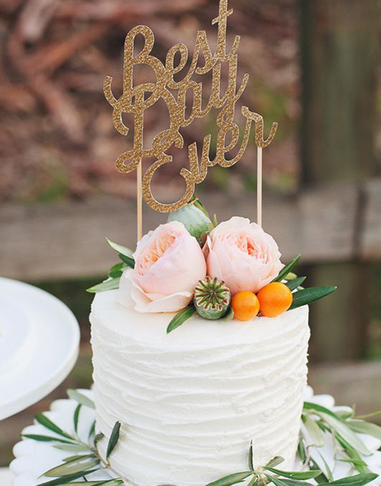 single_tier_wedding_cake_best_day_Ever_word_topper