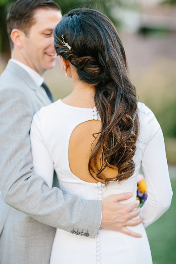 wedding-hairstyle-hair-down-with-side-twist