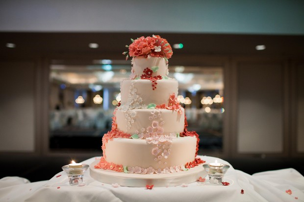 white-coral-floral-wedding-cake