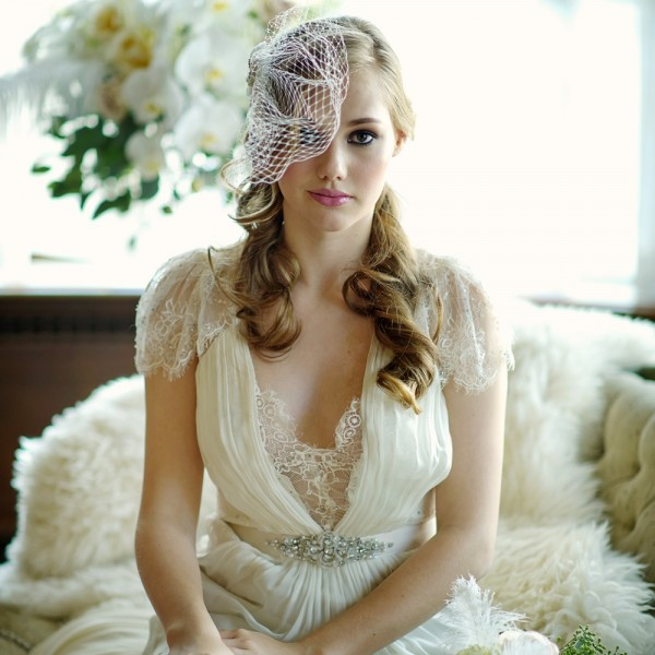 couture-birdcage-veil-with-ivory-detail