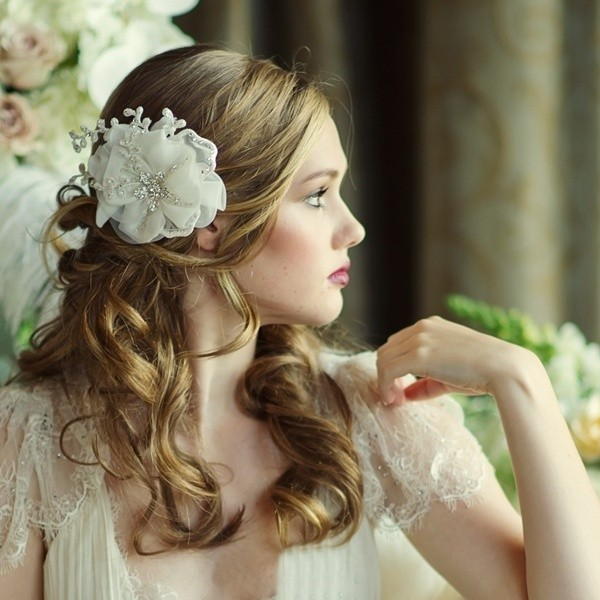 luxe-ivory-crystal-flower-headpiece