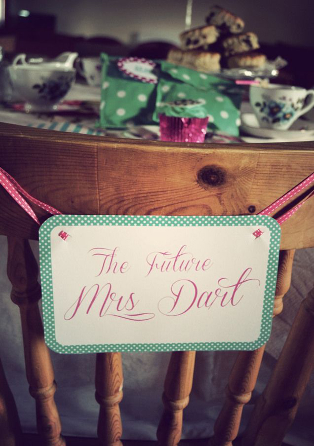 the-future-mrs-hen-party-sign-idea