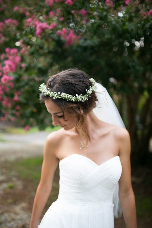 bride-with-floral-crown-and-veil