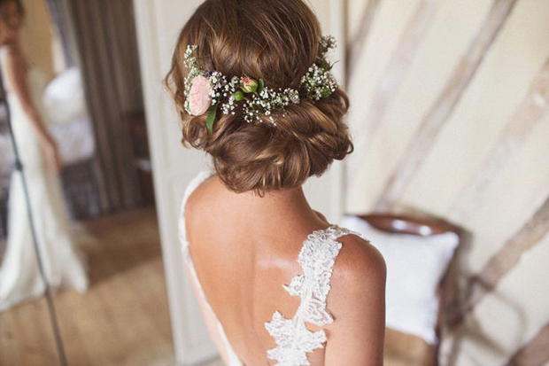 Wedding Hairstyles 15 Fab Ways To Wear Flowers In Your Hair