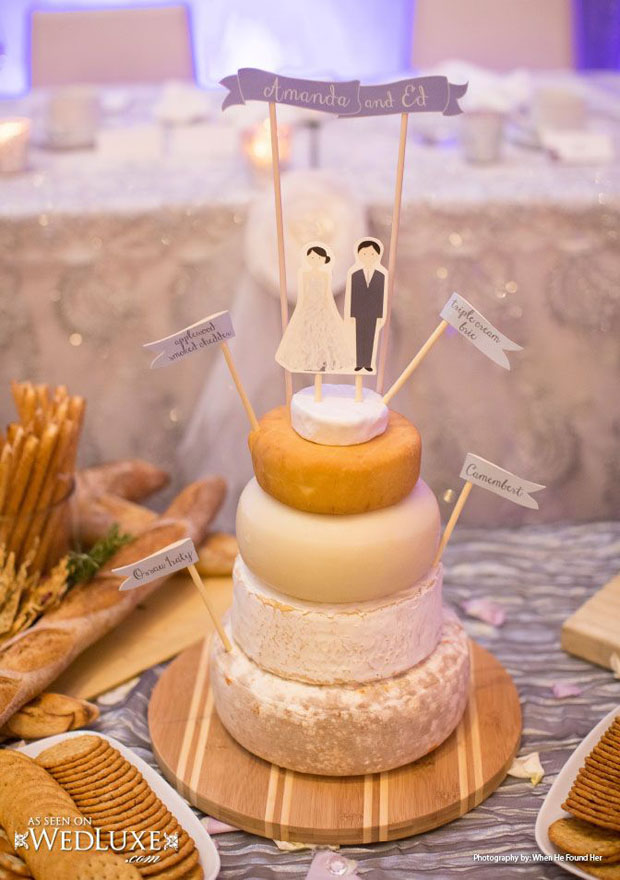wedding-cheese-cake-with-flags