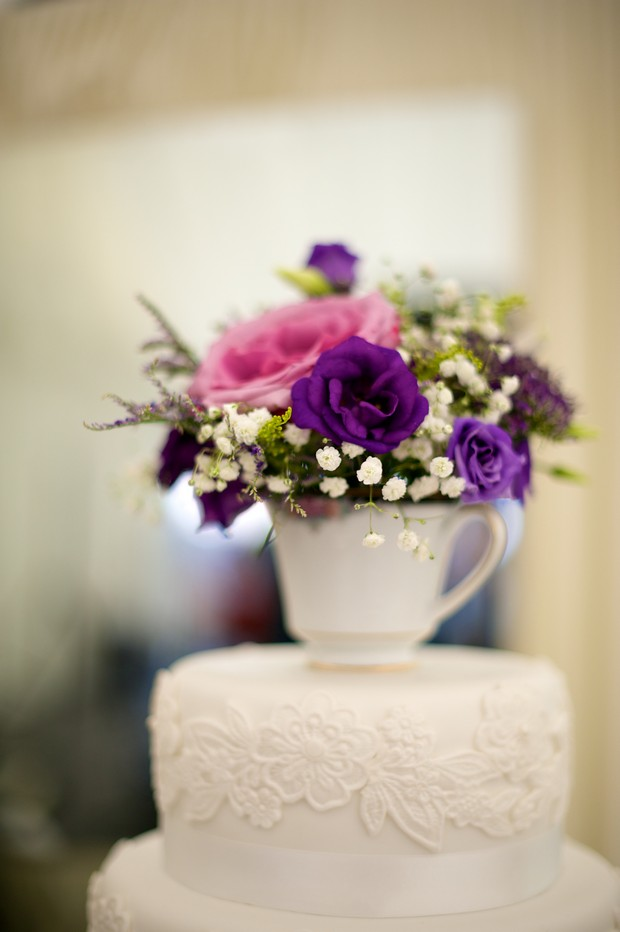 alternative-wedding-cake-toppers-tea-cup-time