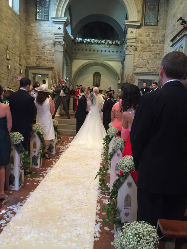 lisa-cannon-wedding-with-dad-at-altar