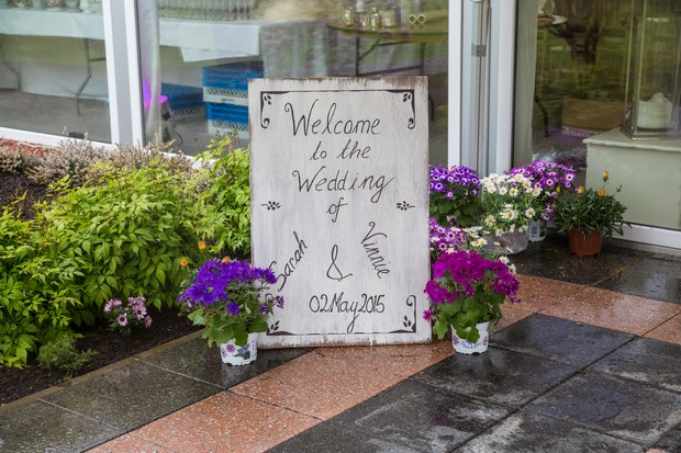 welcome-to-wedding-sign-diy