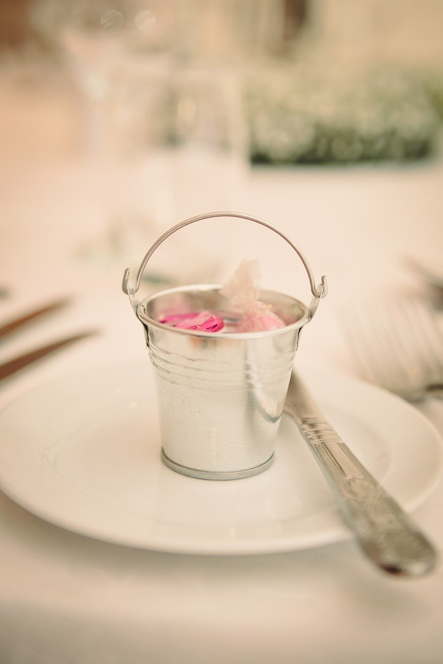 32-country-rustic-wedding-favours-blush-silver