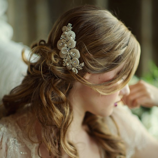 ivory-peal-embellished-hair-comb-bridal