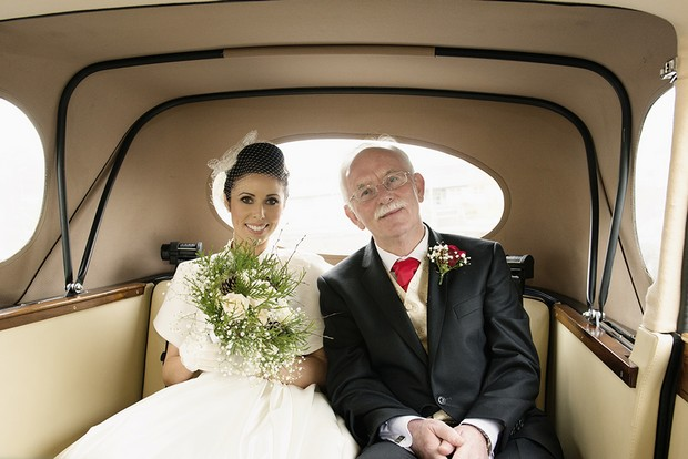 10_Classic_Bride_Father_in_Car_Photo_Winter_Wedding