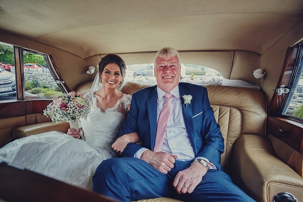 26-Father-and-Bride-in-Wedding-Car-Photo