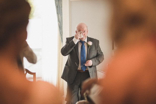 first-look-wedding-photo-father-bride