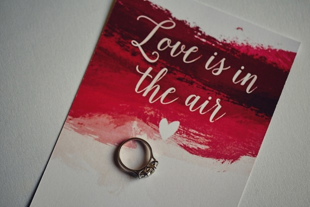5-Love-is-in-the-air-red-Valentines-Day-Card-Wedding