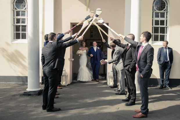 bride-and-groom-ceremony-hurls