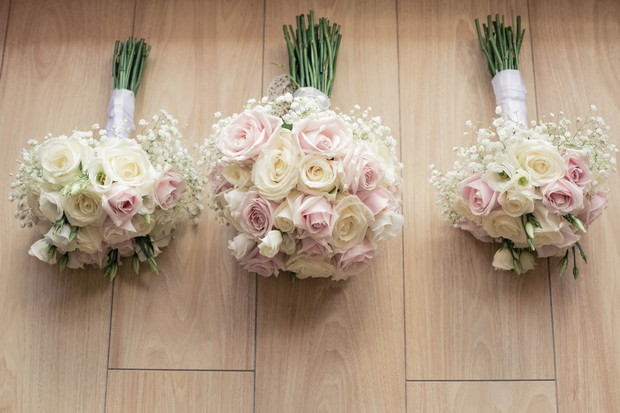 pretty-pastel-bride-and-bridesmaid-wedding-bouquets