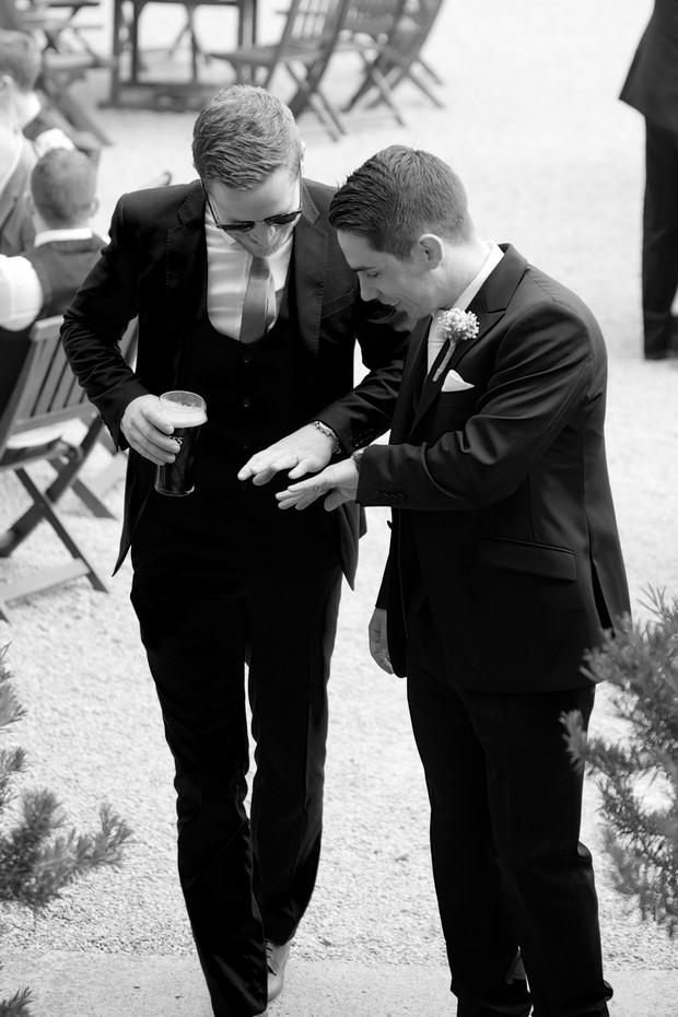 32-The-Millhouse-Wedding-Guests-Drinks-Reception-weddingsonline (5)