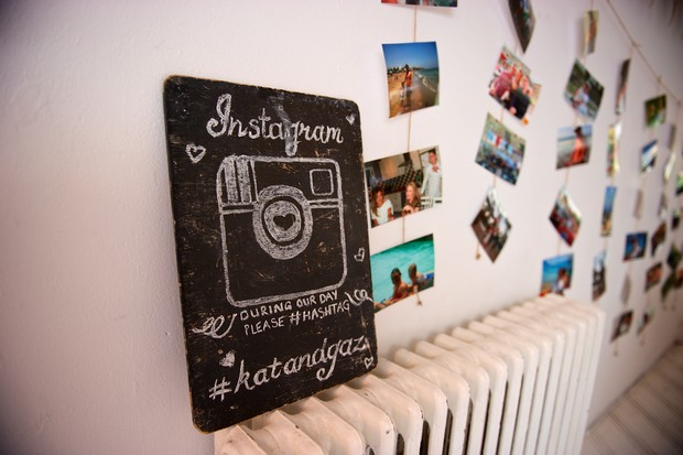 34-Instagram-Wedding-Sign-Hashtag-Chalkboard-weddingsonline