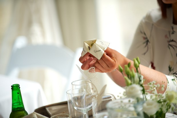 35-Fun-Wedding-Guests-Games-DIY-Cootie-Catcher-weddingsonline