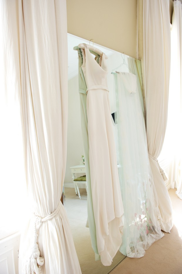 8_Bridal_Suite_Wedding_Dress_Shopping_weddingsonline