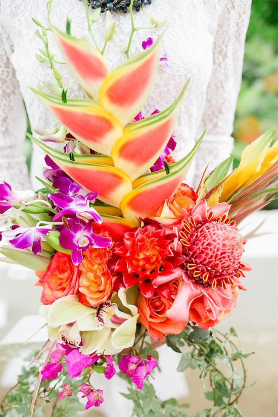 tropical-wedding-bouquet-flowers
