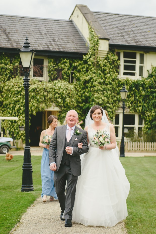 21-Real-Wedding-Brooklodge-Emma-Russell-Photography-weddingsonline