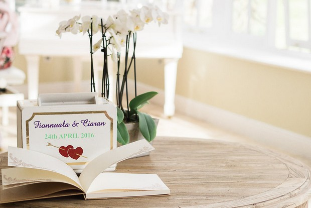 Wedding-Guest-Book-Setup-Personalised-weddingsonline
