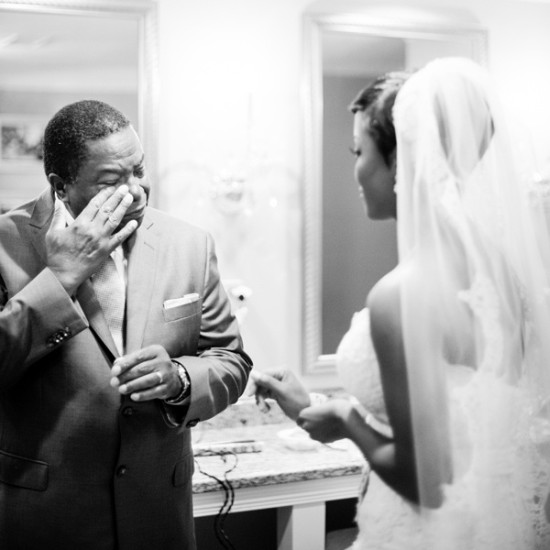 emotional-first-look-wedding-photo-father-tears