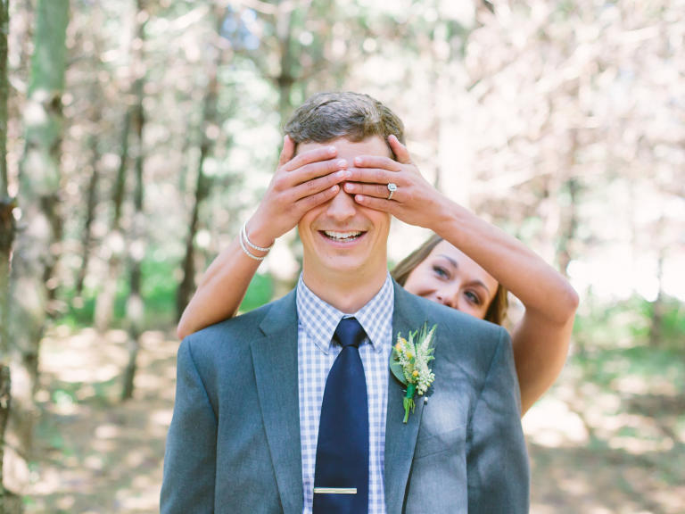 playful-first-look-wedding-photo-ashley-leslie-photography