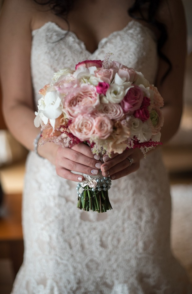 Wedding-Bouquet-The-French-Touch-weddingsonline