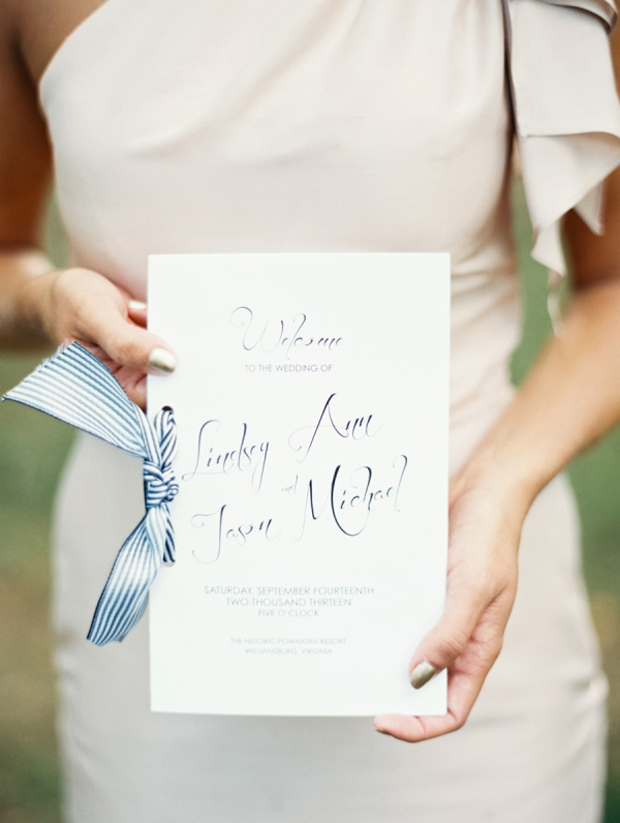 ceremony-booklet-with-ribbon-tie