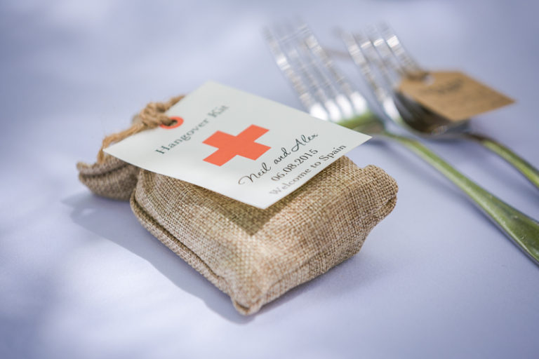 hangover-kits-wedding-favours