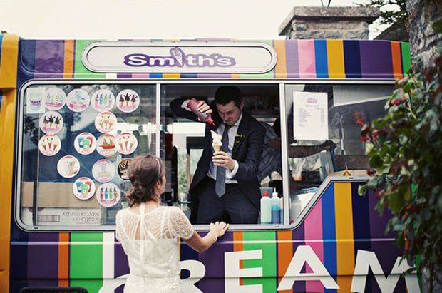 ice-cream-van-wedding-favour