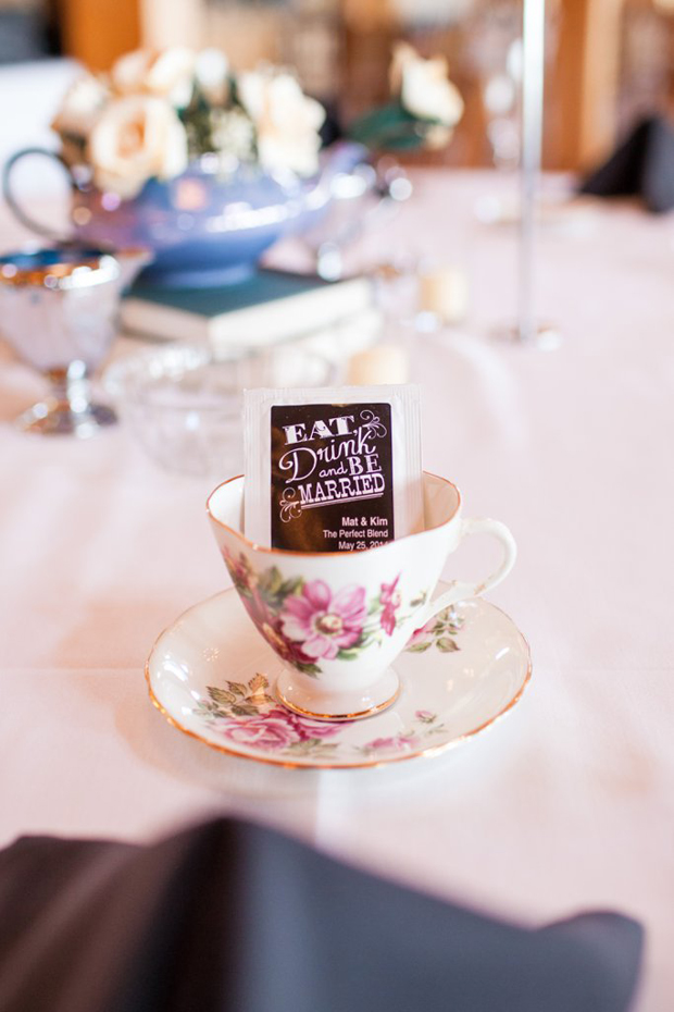 tea-favours-wedding-eat-drink-and-be-married