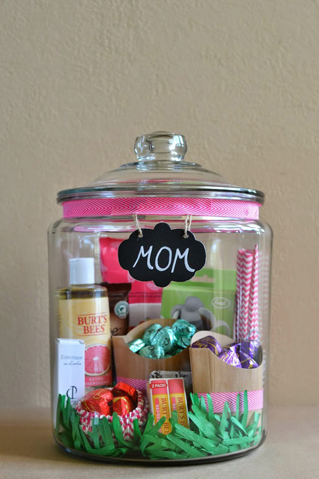 wedding-gifts-for-parents-pamper-kit-for-mother-of-the-bride