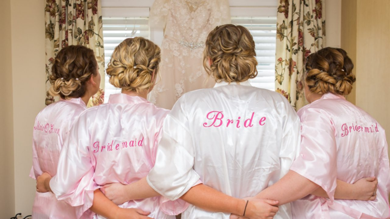 Where To Shop Pretty Robes Pjs For Your Bridal Party Weddingsonline