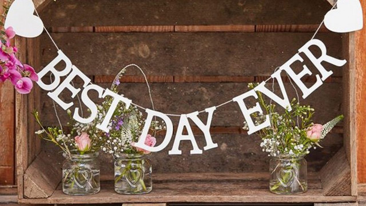 Wooden with Hearts White /'Best Day Ever/' Bunting for Wedding Party Venue