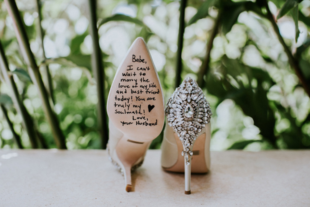 bf53a74278c0 This post might come in handy for any lads out there trying to be extra  romantic on the wedding day! If you re looking to surprise your bride on  the Big Day ...