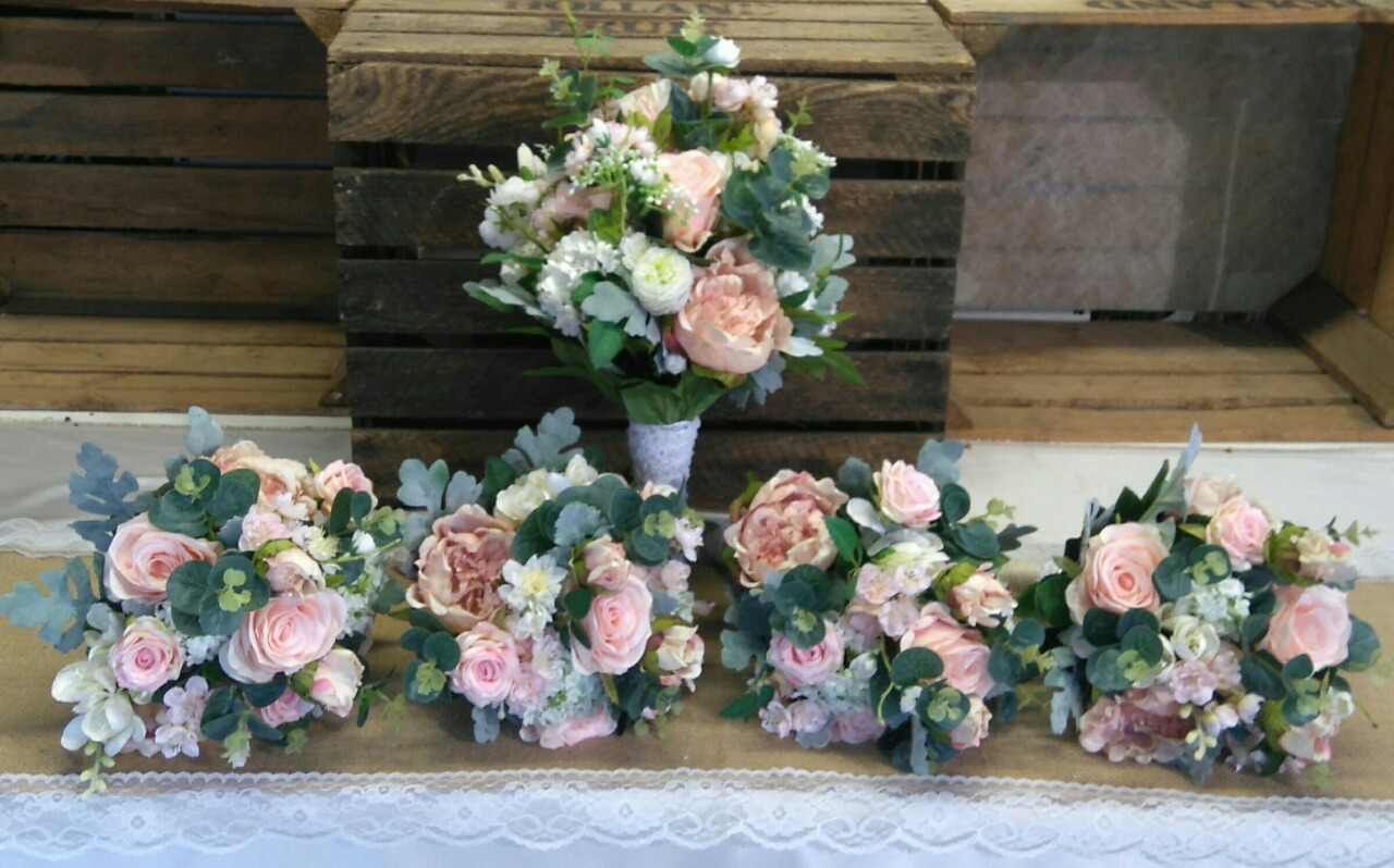 Should You Use Artificial Flowers For Your Wedding Weddingsonline