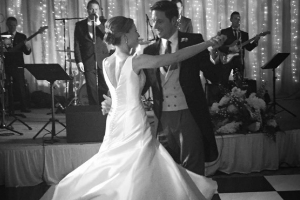 Perfect First Dance Songs Chosen By Wedding Djs And Bands