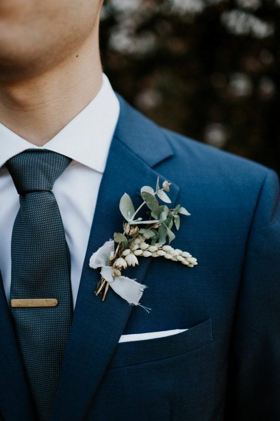 grooms finishing touches